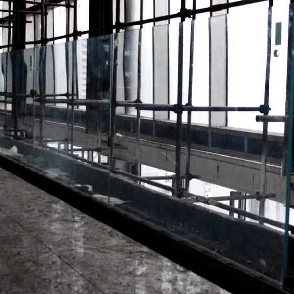 هندریل متحرک نمای شیشه ای