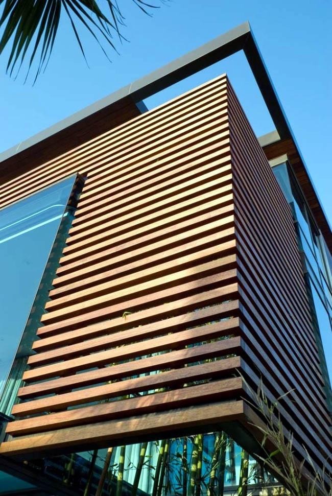 نمای لوور چوبی