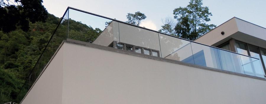 هندریل شیشه ای تراس